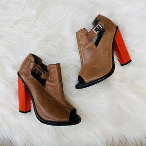 🌟NEW LISTING 🌟 Topshop booties orange heel